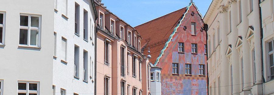 Blick auf das Weberhaus in Augsburg